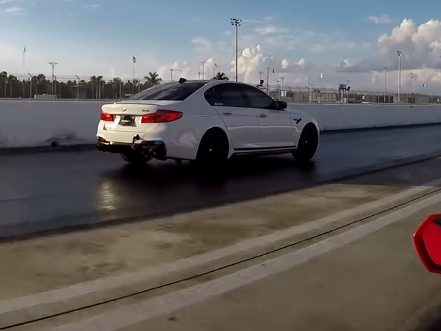 Video: BMW M5 Beats Lamborghini Huracan on Drag Strip