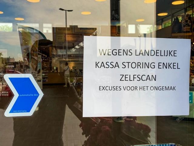 Meeste winkels weer open na landelijke kassastoring Albert Heijn