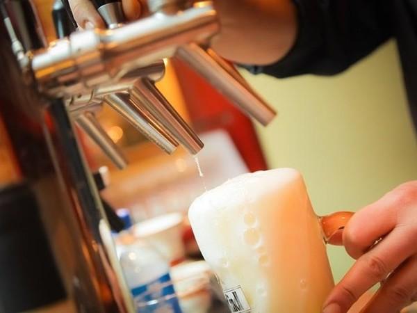 Vijf bier drinken tijdens een dorpsfeest? Niet in de gemeente Hof van Twente