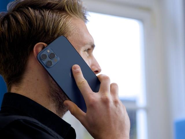 Krijg je de 'Geen service'-melding op je iPhone? Probeer dan deze 6 tips