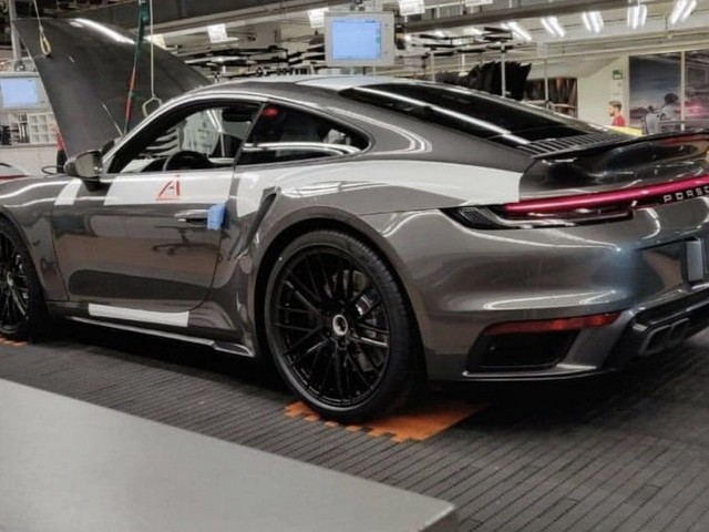 2020 Porsche 911 Turbo leaked