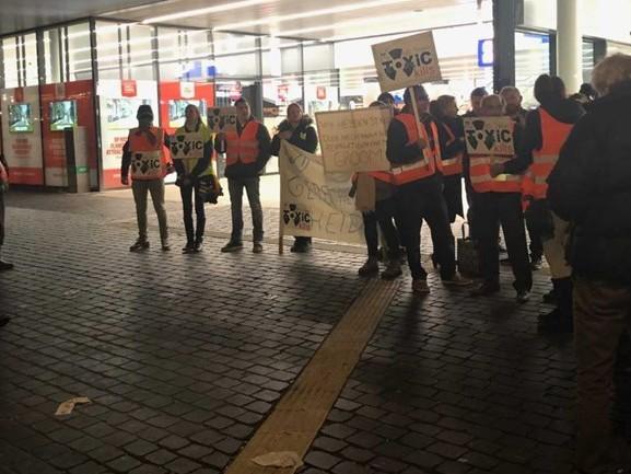 Chroom-6-slachtoffers houden stil protest tegen NS