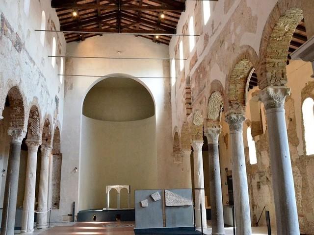Bezoek het museum van Santa Giulia in Brescia met Nederlandstalige begeleiding