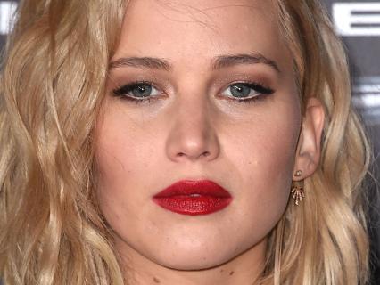 In White Folks News: Jennifer Lawrence Weds Cooke Maroney