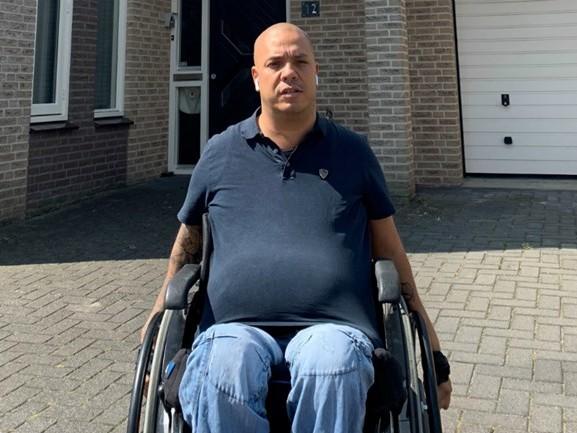 Hulp aangeboden voor gehandicapte Kevin, nadat inbrekers er met zijn invalidenbusje vandoor gingen