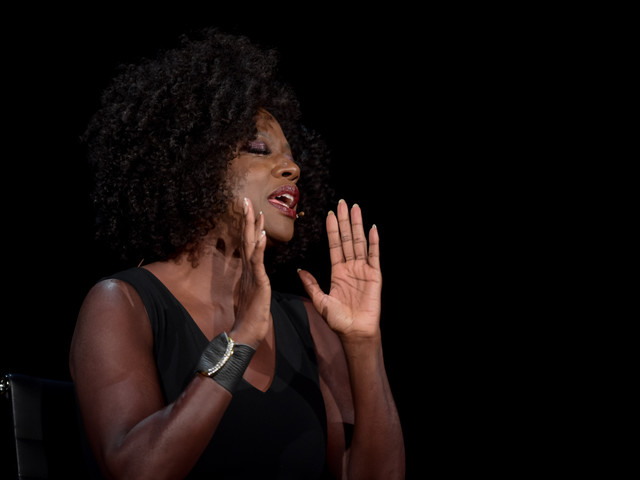 "Viola Davis Blasts Hollywood's Color Problem: ""No One Thinks A Woman Darker Than A Paper Bag Is Attractive!!"""