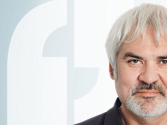 Maarten van der Weijden, de volksheld die met trage slag het Friese water openspleet
