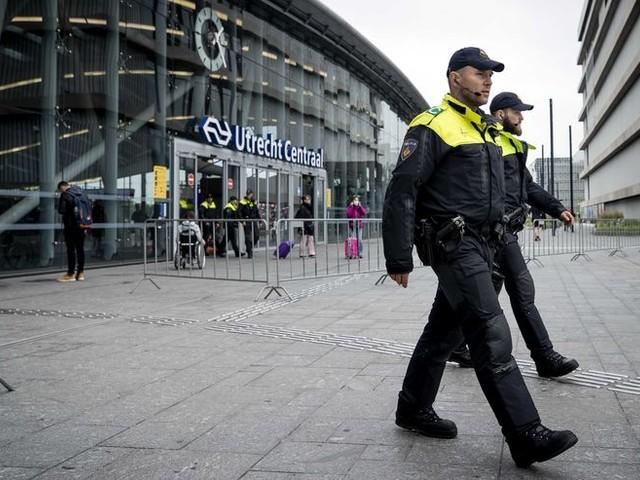 Tientallen arrestaties in Utrecht en Wageningen na onrustige middag