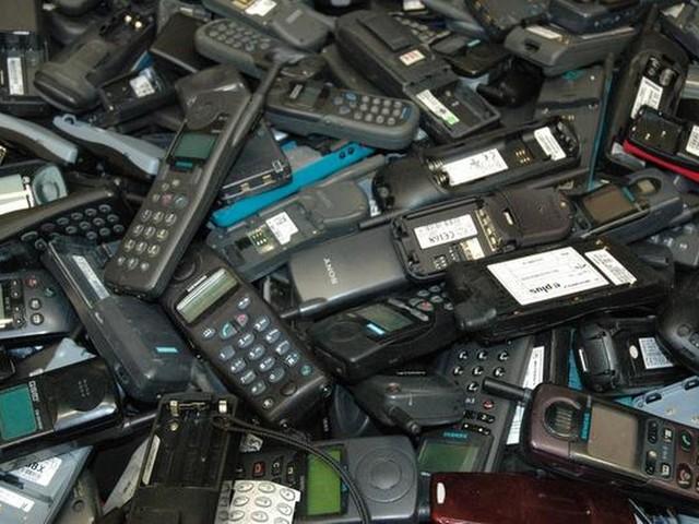 Goud in oude mobieltjes