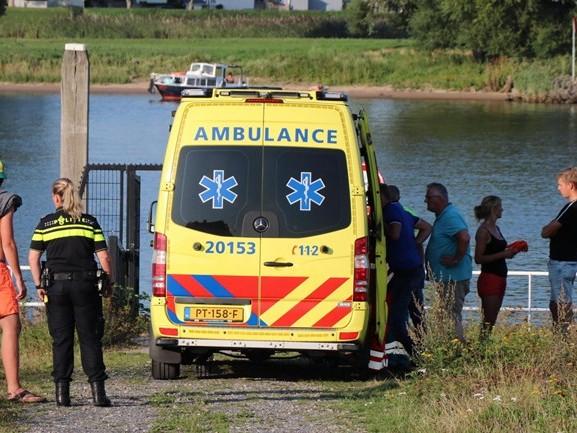 Tweede watersportongeluk op de Maas in enkele uren tijd: waterskiër (18) gewond naar ziekenhuis