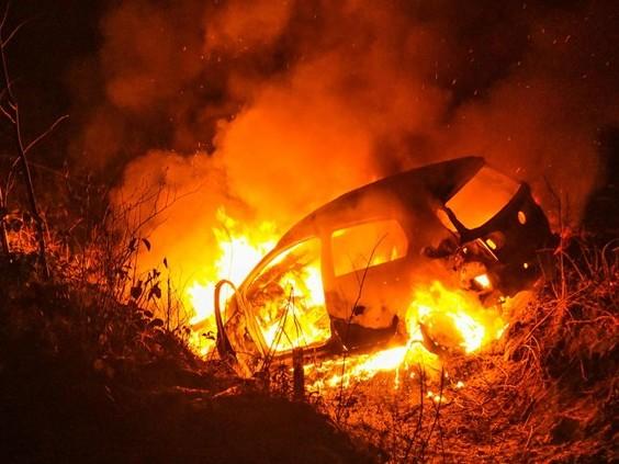 Auto uitgebrand in Eindhoven, van bestuurder ontbreekt ieder spoor