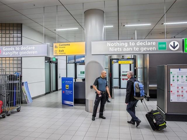 De douane adviseert je persoonlijk via Facebook en app