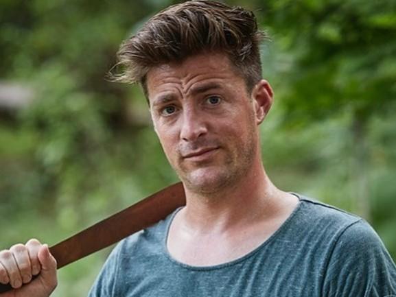Tv-kok Hugo Kennis doet mee met Expeditie Robinson: 'Bizar, ik kijk al negentien jaar'