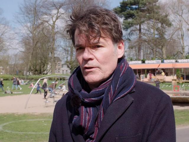 Paul Depla gaat met Radio 538 praten over drankverkoop op Oranjedag
