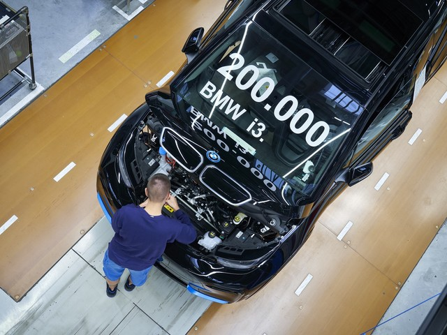 200,000th BMW i3 model rolls off the production line