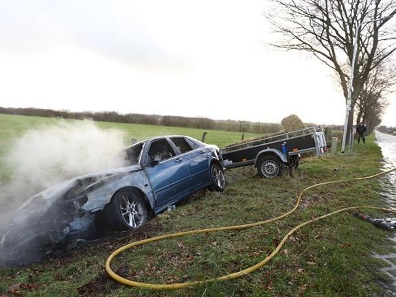 Gewonde bij eenzijdig ongeluk in buitengebied Hellendoorn