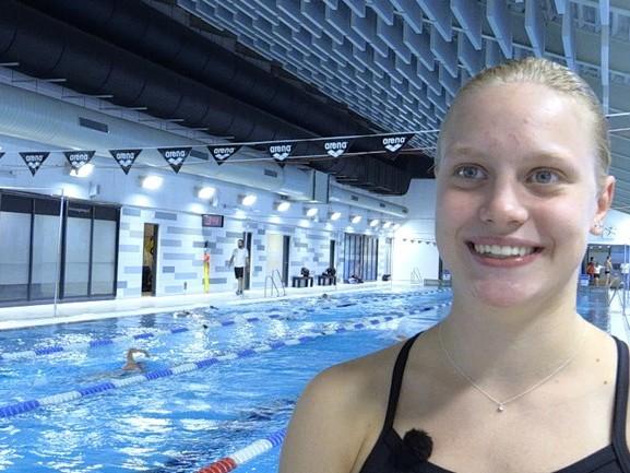 Nienke Jonk is nog maar 17, maar ze wordt nu al klaargestoomd om Ranomi voorbij te zwemmen