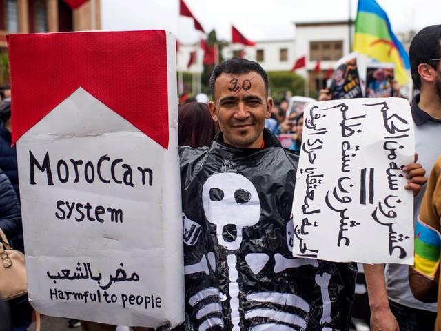 'Lang leve de Rif', klinkt het in Rabat bij het protest tegen de straffen voor leiders van de Rif-opstand