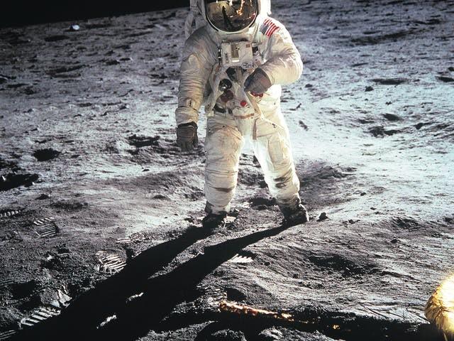Wachten op de eerste miljardair die voet zet op de maan