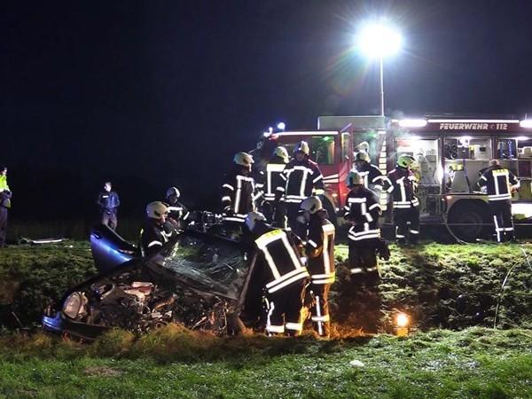 Ernstig ongeluk vlak over de grens bij De Lutte, twee gewonden
