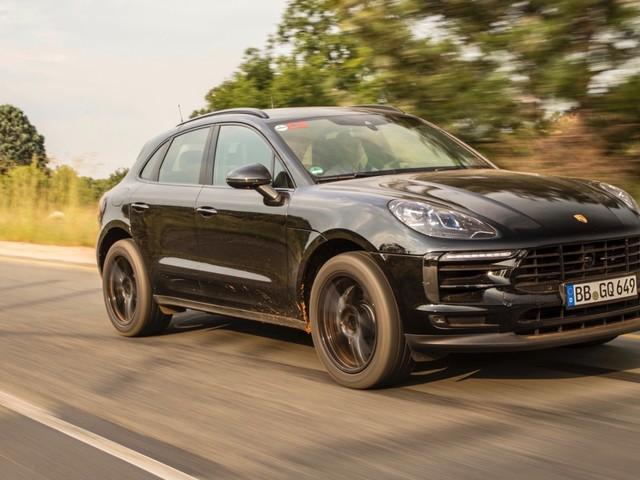 2019 Porsche Macan teased ahead of its debut this month