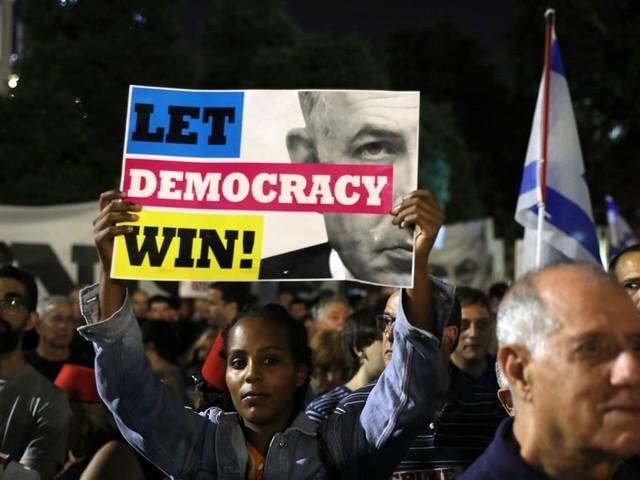 Duizenden Israëli's demonstreren tegen de plannen van Netanyahu