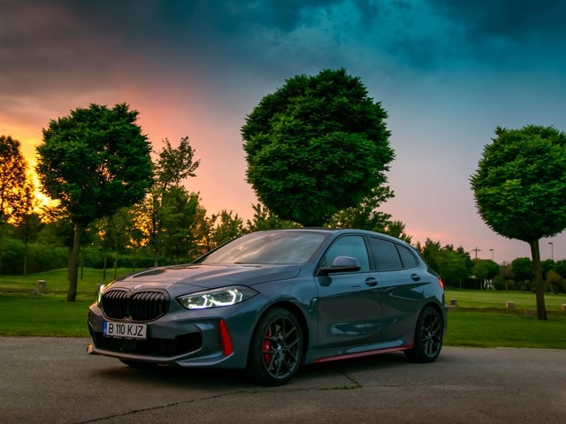 Video: BMW 128ti reviewed in South Africa, compared to Golf GTi
