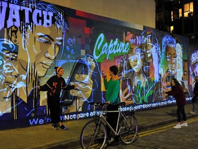 Londen is een nieuwe muurschildering rijker
