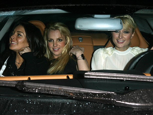 Paris Hilton Talks About Iconic Car Pic With Britney And Lindsay, Reveals Lilo Crashed Their Girls Night