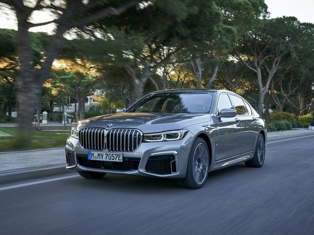 2019 BMW 7 Series Facelift – New Videos