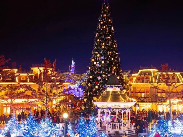 Disneyland Paris viert ook dit jaar twee maanden kerst