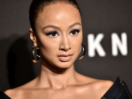 For The Haters: Draya Michele Drops Her Family's Fried Chicken Recipe [Video]