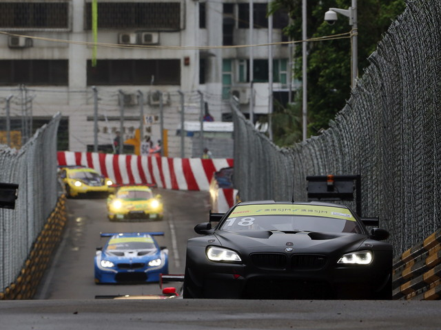 Farfus claims fourth place in Macau in the BMW Art Car #18