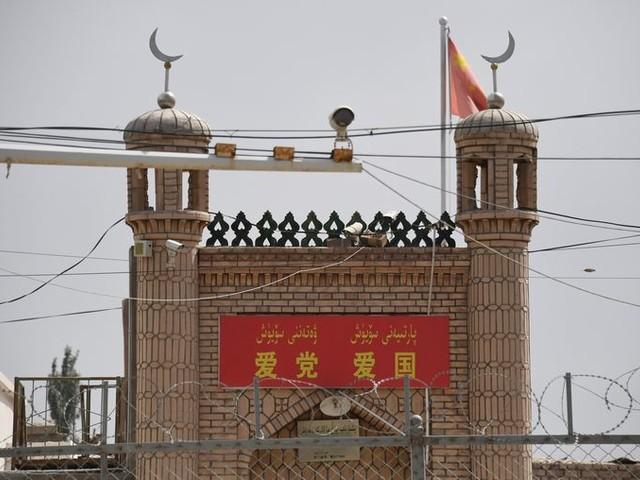Trump straft Chinese hightech-bedrijven vanwege Oeigoeren