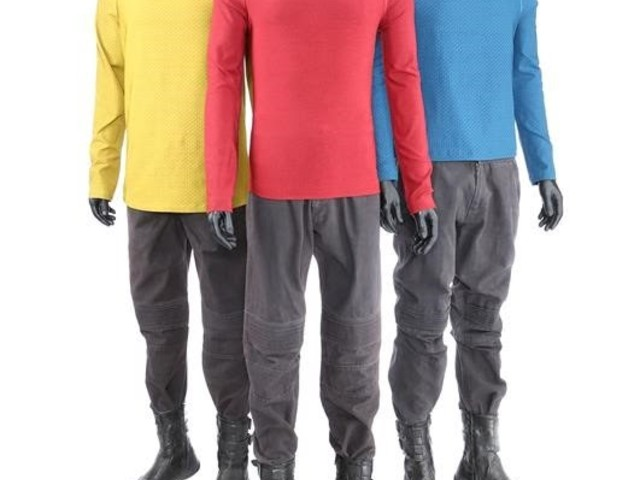 STARFLEET UNIFORMS AND KLINGON OUTFITS FROM STAR TREK INTO DARKNESS TO BE AUCTIONED