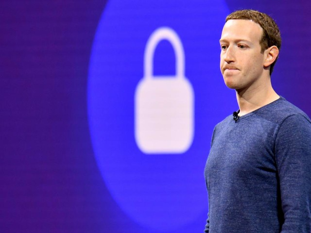'Waakhond VS overweegt recordboete voor Facebook om privacyschending'