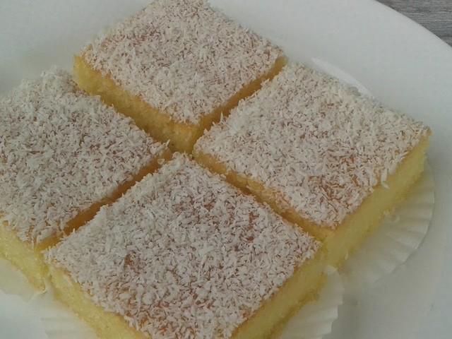 Basbousa met vanillevla