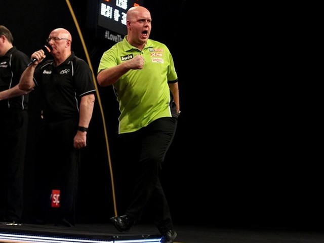 Van Gerwen door, Dekker verrast 'Bully Boy'