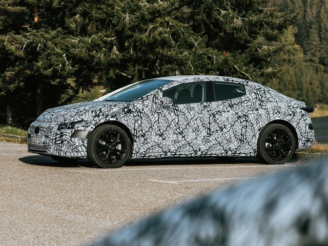Mercedes EQE reveal set for September 2021, to take on Tesla Model S and future BMW i5
