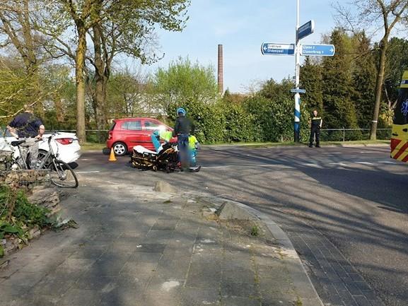 Gewonde bij aanrijding tussen automobilist en fietser in Losser