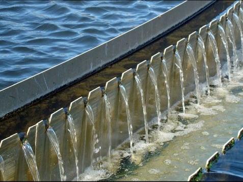 Aanpassing waterheffingen op de lange baan