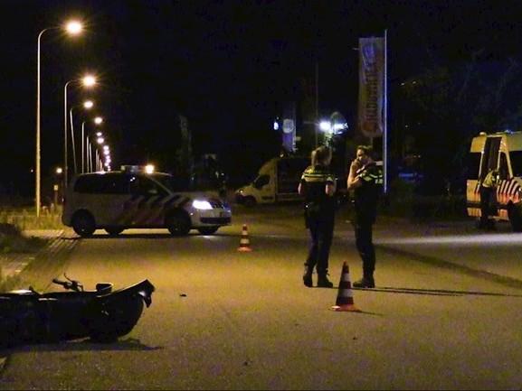 Twee gewonden bij scooterongeluk in Enschede