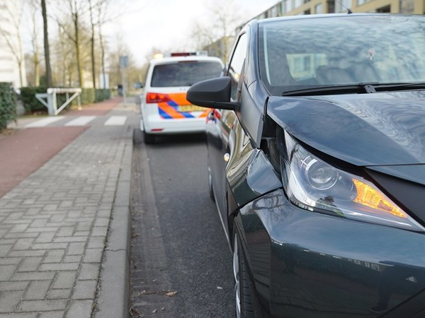 Kind gewond na aanrijding in Deventer