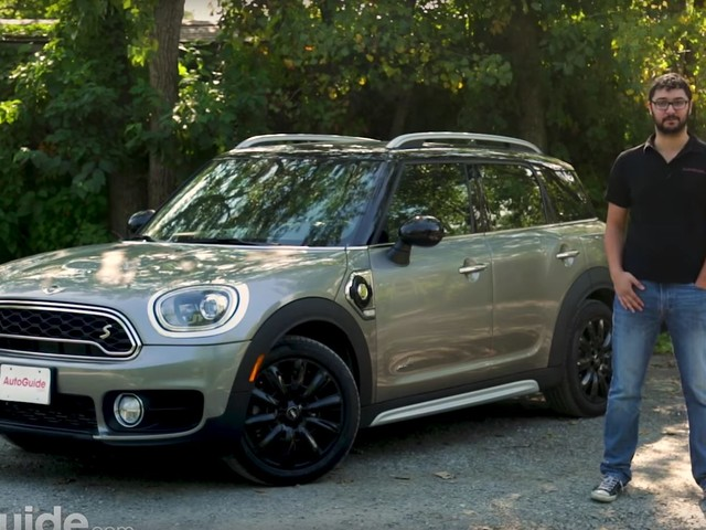 Video: 2018 MINI Countryman Cooper SE PHEV Reviewed by AutoGuide