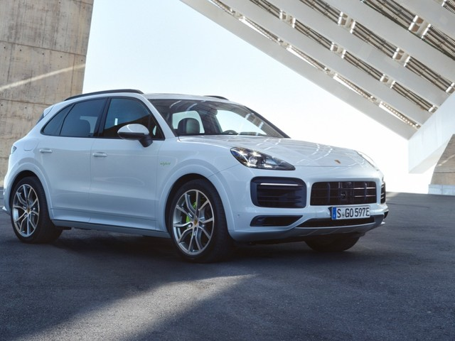 Porsche electric SUV coming by 2022, Boxster might go electric