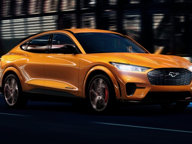 2021 Ford Mustang Mach-E GT looks cool in Cyber Orange