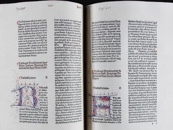 Eerst gedrukte boek uit Deventer is weer thuis en te zien in de bibliotheek