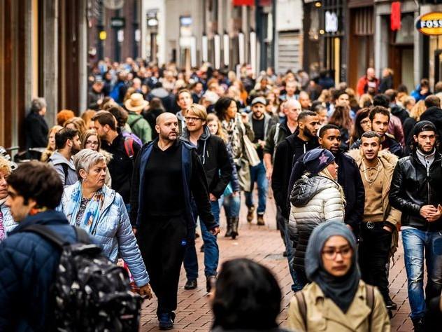 Integreren komt van twee kanten, vinden Nederlanders met migratieachtergrond