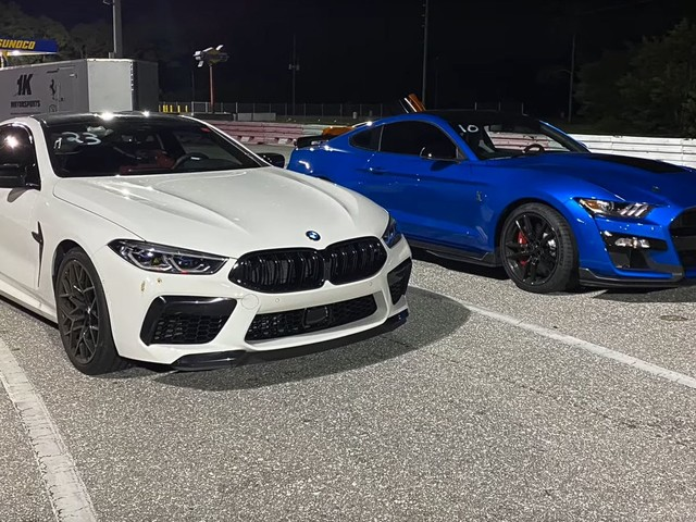 Video: BMW M8 Competition drag races Mustang Shelby GT500