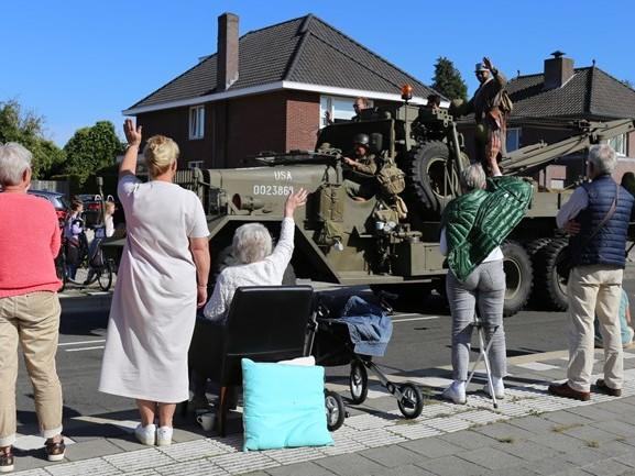 Grote bevrijdingsstoet trekt weer door Brabantse straten: 'Dit gevoel is echt uniek' [FOTO'S]